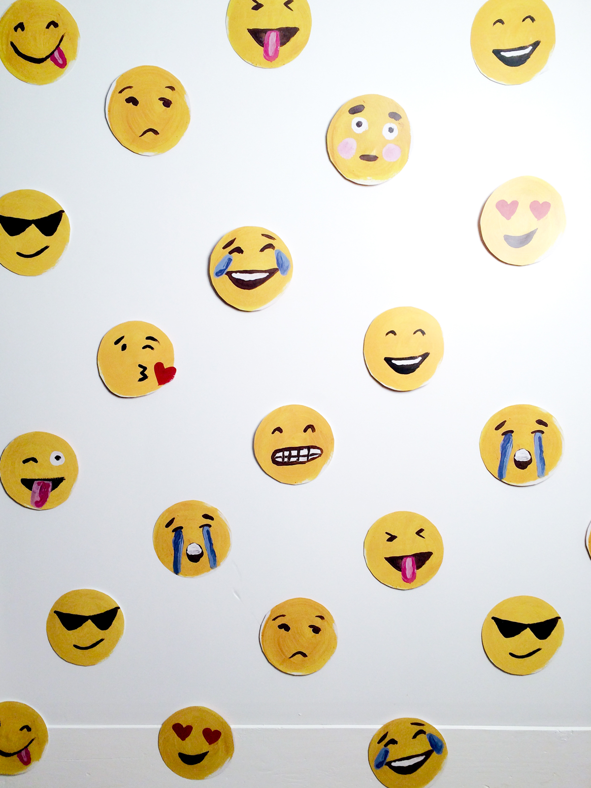 emoji-photo-wall-thealisonshow